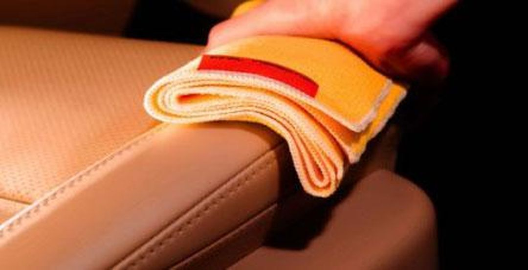 Čištění a impregnace kožených sedaček