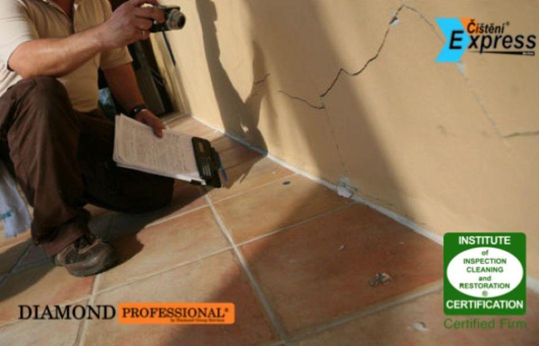 Čištění keramické dlažby
