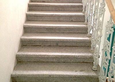 Čištění kamenných schodů 03