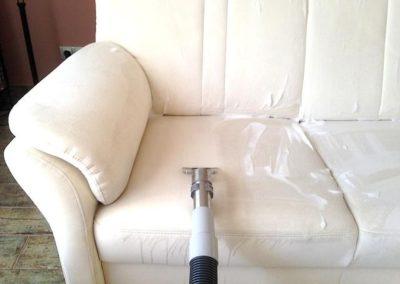 Čištění kožených sedaček 07
