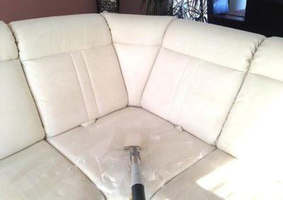 Čištění kožených sedaček 08