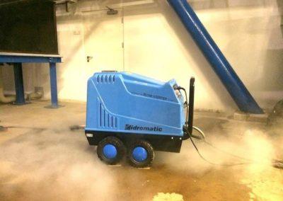 Parní čištění horkou párou 01