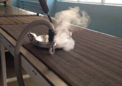 Parní čištění horkou párou 07