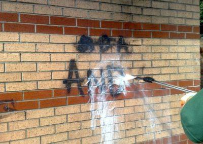 Výškové odstranění graffiti 01