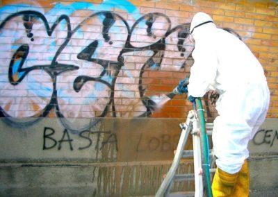 Výškové odstranění graffiti 08